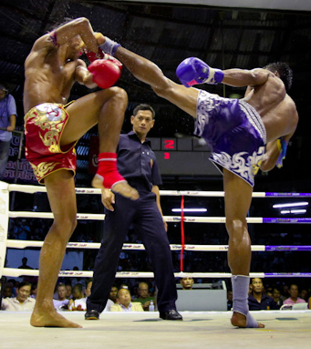 muay thai fight at lumpini Siraphop Ratanasuban, One Songchai vice president, and IMBA