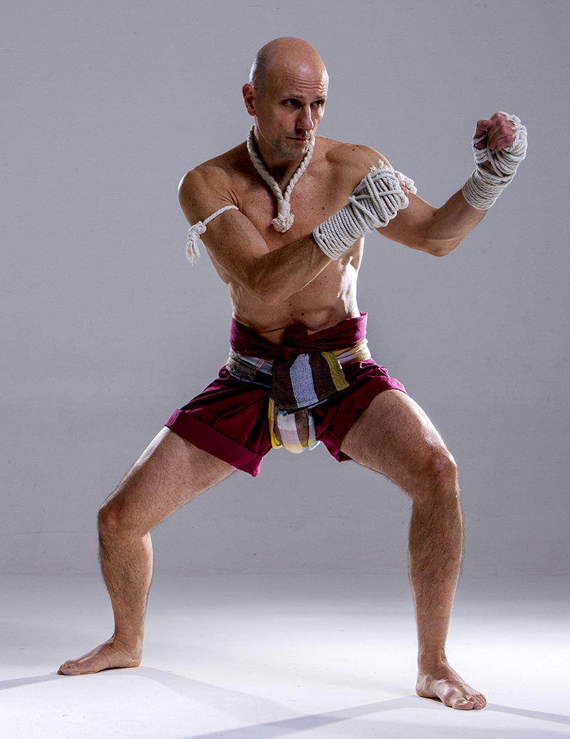 4 Jot Muay Pra Nakorn Traditional Muay Thai fighting stances: the Art's bedrock